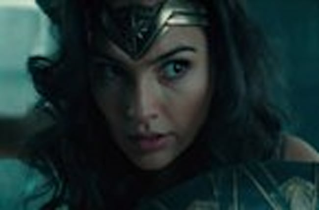 'Wonder Woman': Stay Here Clip