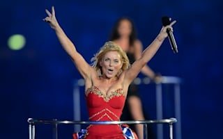Forgetful Spice: Geri Halliwell reminds herself to lock car doors