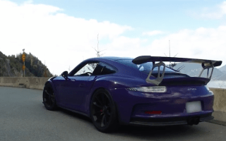 Ultraviolet Porsche 911 GT3 RS wows in drive video