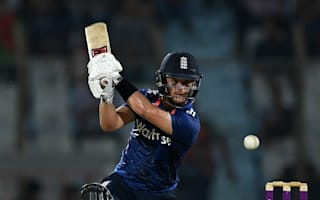 Duckett anchors series-clincher to stake Test claim
