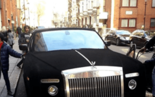 Velvet Rolls Royce spotted outside Harrods in Knightsbridge