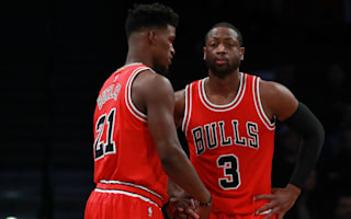 Bulls, Hawks and Clippers stay perfect