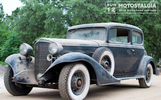 Well-preserved pre-war American cars found in Texan barn