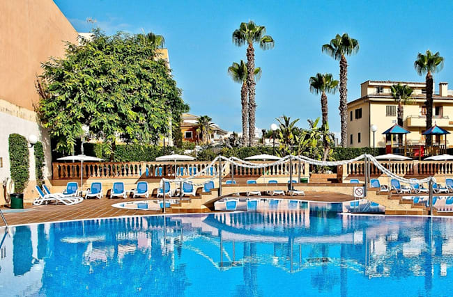 444 € – Urlaubswoche auf Mallorca mit HP & Auto, -100 €