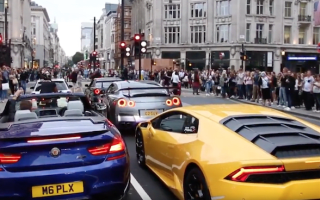 Secret boy racer society blocks Piccadilly Circus with supercars, again!
