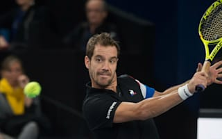 Gasquet leads French trio into Marseille last four