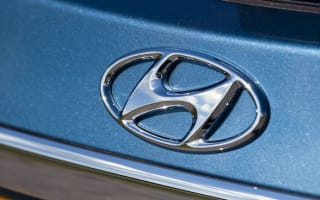 Hyundai and Kia fined over economy claims