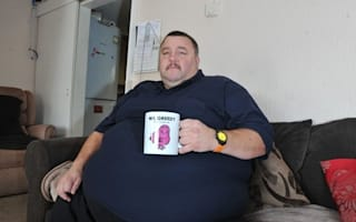 37 stone man forced to buy two plane seats - in different rows