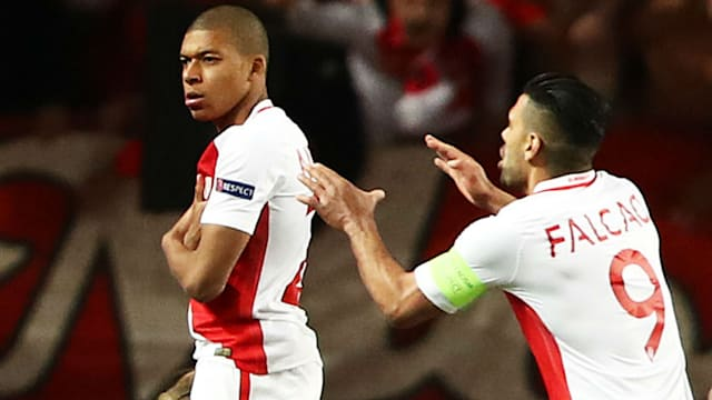 Dortmund fume over bus delay before loss in Monaco