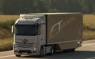 Daimler unveils the lorry of the future