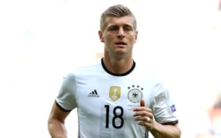 Kroos rejects talk of Bayern return