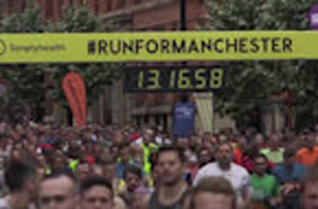 Thousands turn up for Great Manchester Run in wake of terror attack