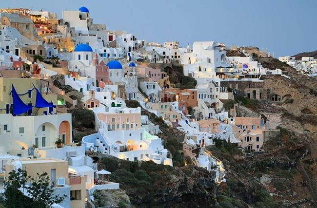 Tourists left in the dark after fire causes power cut across Santorini