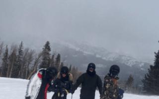 Khloe and Kim Kardashian in car crash on skiing trip in Montana