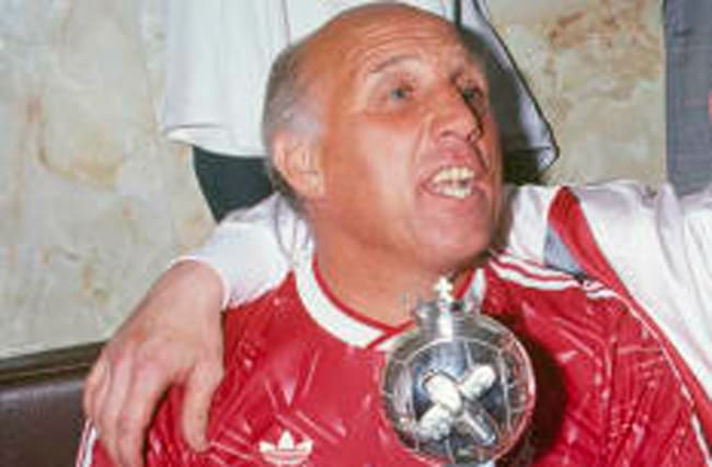 Liverpool legend Ronnie Moran passes away aged 83