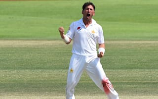 Mesmerising Yasir takes 10 as Pakistan seal series