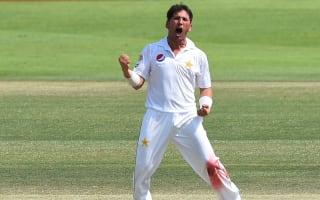Mesmerising Yasir takes 10 as Pakistan seal series