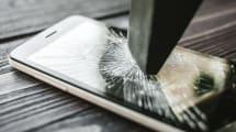 En China han encontrado la solución al uso de móviles en el colegio: a martillazos