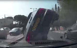 Dashcam captures dramatic Audi A3 crash