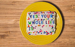 Baker makes internet trolls' comments into hilarious cakes