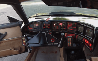 Video: Man builds amazing Knight Rider replica