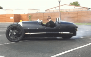 Video: Morgan Threewheeler goes doughnutty