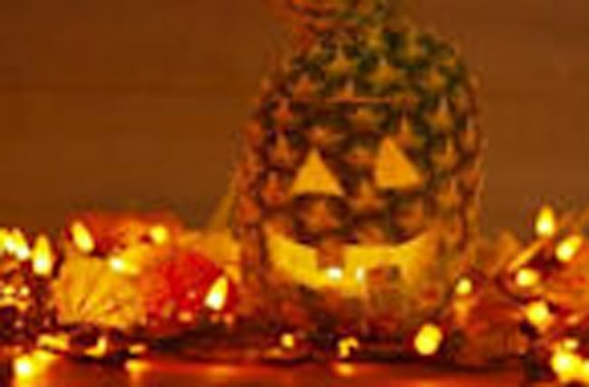 Pineapples Are Basically The New Jack-o'-Lanterns This Halloween!