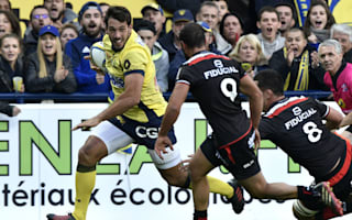Parra extends Clermont's Top 14 lead