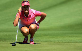 Thompson powers into ANA Inspiration lead