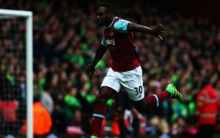 Antonio signs new West Ham contract