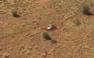 Pregnant woman and partner stranded in Outback for 24 hours
