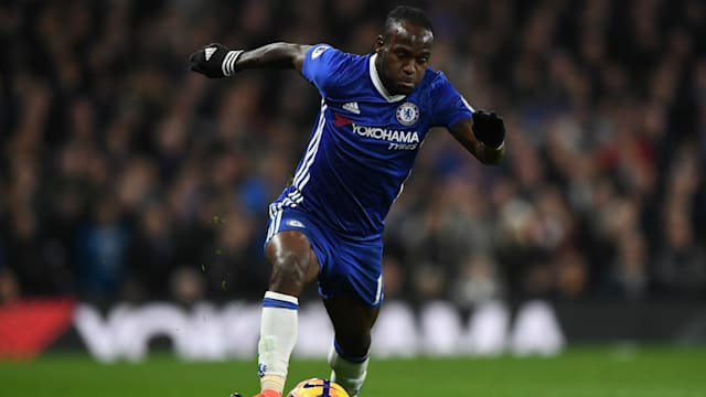 Rampant Spurs Keep Pressure On Chelsea