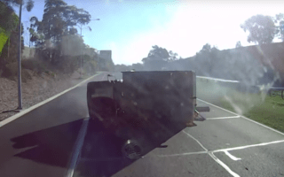 Strewth! Driver predicts crash before it happens
