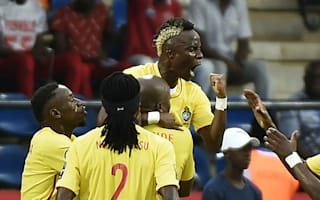 Algeria 2 Zimbabwe 2: Mahrez double prevents shock defeat