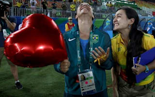 The girlfriend of a Brazilian women's rugby player proposed at the Olympics and melted all our hearts