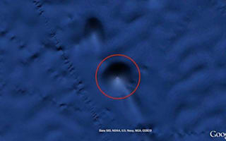 Is this an alien's undersea pyramid visible on Google Earth?