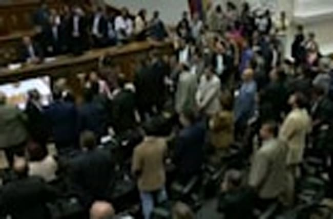 Scuffle in Venezuela's assembly over Maduro hearings