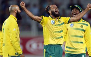 Tahir takes five as Proteas thrash Black Caps