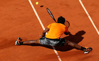 French Open Diary: Forgetful Nishikori, elastic Monfils and a glass (or two) of red wine