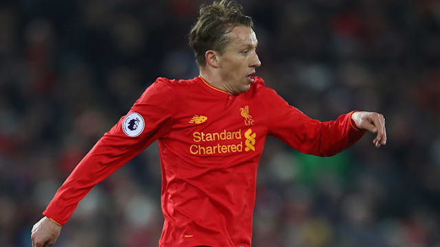 EPL 2016-17: Roberto Firmino scores as Liverpool move to third