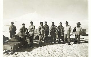 Photos from Captain Scott's fated South Pole mission go on sale