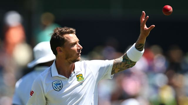 South Africa bowler Steyn out of England Test series