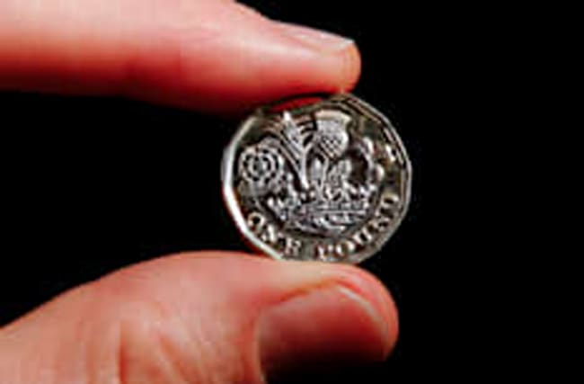 New 12-sided £1 coin to edge out old round pound
