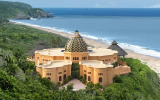 Extraordinary holidays: Beautiful lodges around the world