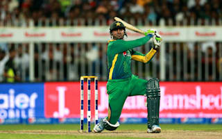 Shoaib guides Pakistan home after shaky start
