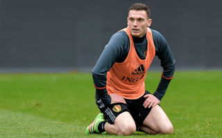 Roma in advanced talks to sign Vermaelen