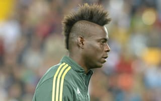 Who else but Mario? Watch Balotelli slide through airport security