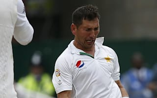 Yasir puts Pakistan on top on day two