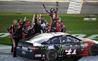 Kurt Busch wins crash-filled Daytona 500