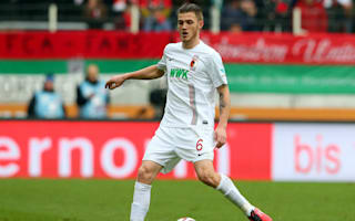 Augsburg defender Gouweleeuw suffers collapsed lung
